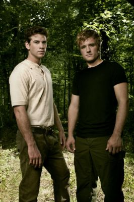 UPDATED: Peeta and Gale Outtakes from Entertainment Weekly ...