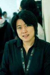 HETIH RUSLI (The Hunger Games Trilogy Indonesian Translator)