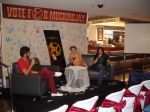 "Interview dengan penerjemah Trilogy THG Indonesia (Mbak Hetih) & Perwakilan Komunitas IHG (Effie ""Intan"" Trinket)"