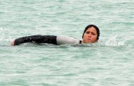 More Photos of THE HUNGER GAMES: CATCHING FIRE Set! (Katniss Swimming!)