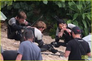 NEW PHOTOS: Jennifer (Katniss), Josh (Peeta) and Sam (Finnick) Eating Raw Fish and More!