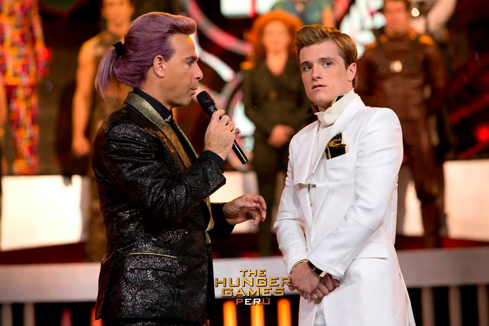 (NEW STILLS) Peeta & Caesar Interview, Effie and Katniss! Katniss Everdeen And Peeta Mellark Wedding